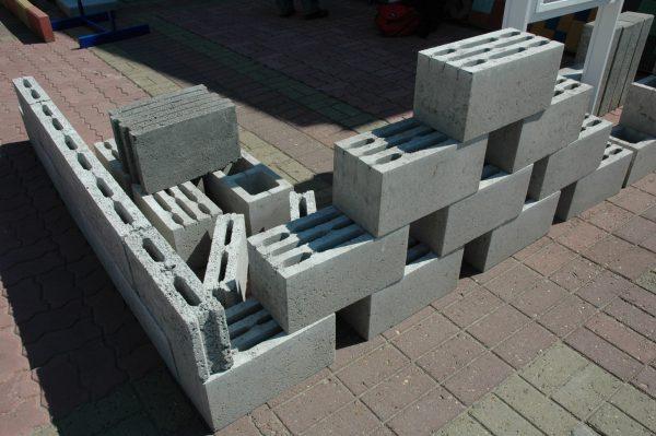 Про блок стен подвала