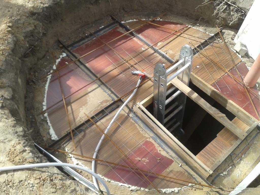 Изготовление подвала из бетона своими руками 32