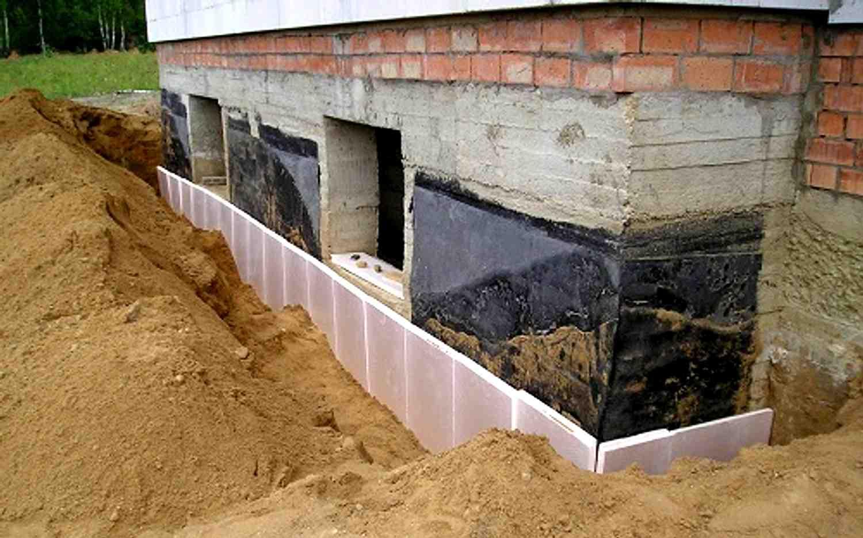 Как сделать фундамент на влажном участке