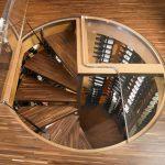 Винтовая лестница в погреб