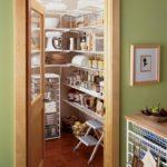Как сделать кладовку в квартире своими руками?