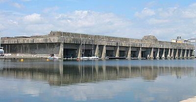 Подводный бункер